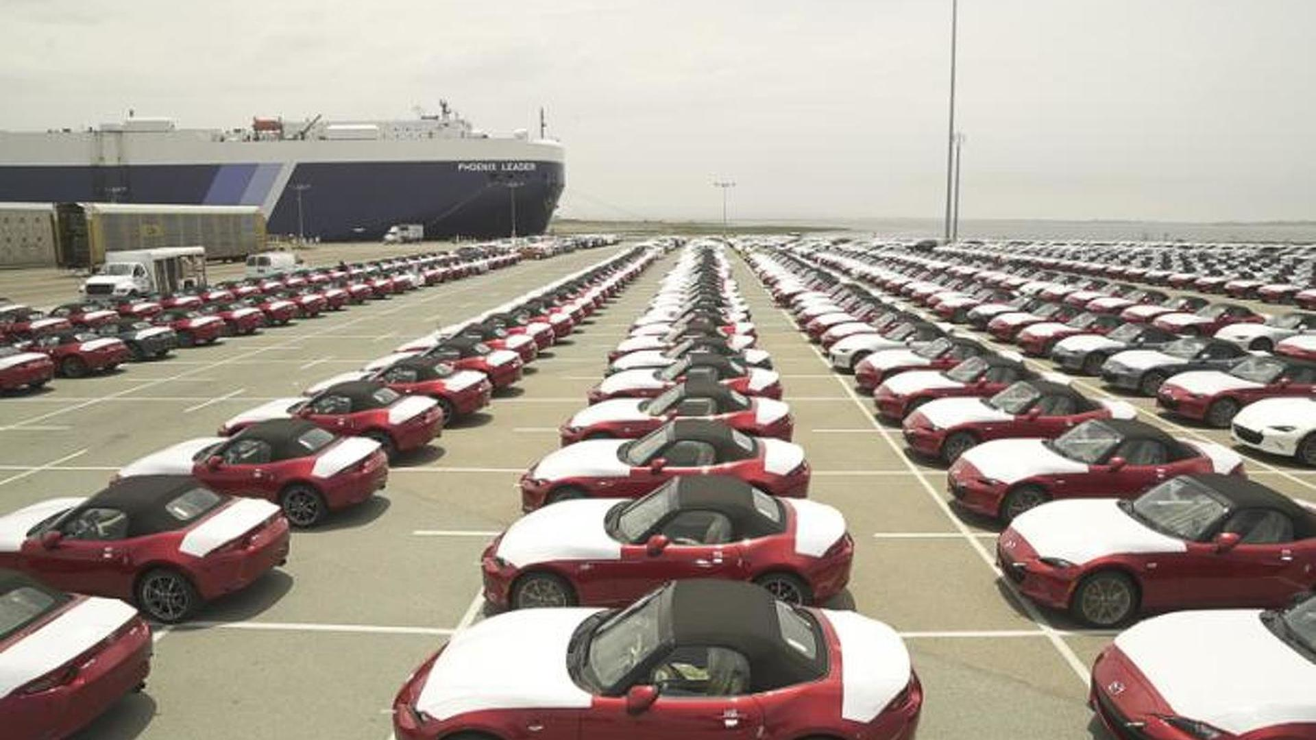 First 2016 Mazda MX-5s arrive in the United States [video]
