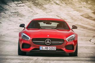 2016 Mercedes-AMG GT Has Porsche and Jaguar Dead in its Sights