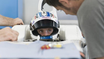Sirotkin has seat fitted for 2013 Sauber