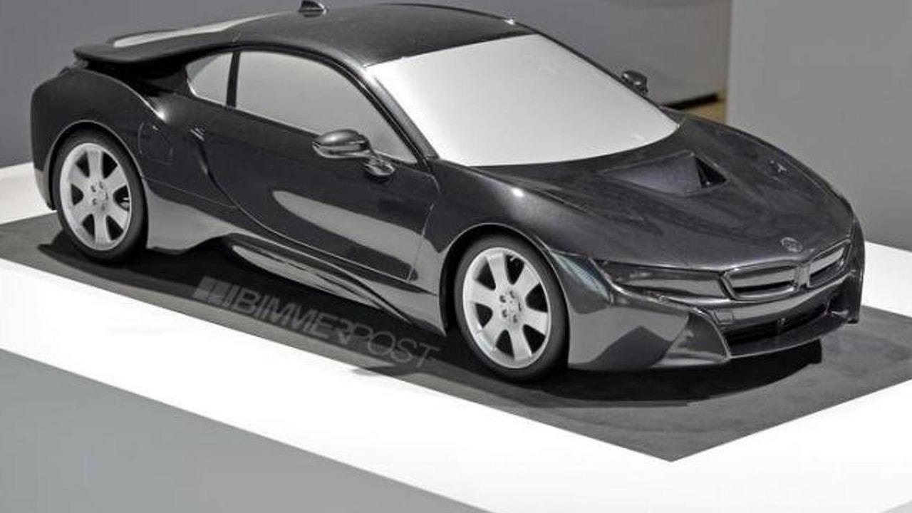 BMW i8 scale model 15.08.2013
