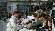 David Coulthard signing autographs (2003)
