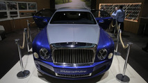 Bentley Mulsanne Grand Limousine Mulliner stretches in Geneva