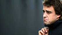 Stewart admits disappointment with Alonso in 2010