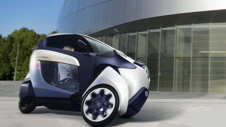 Toyota teases autonomous i-TRIL Concept