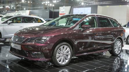 2017 VW Golf, Skoda Octavia, SEAT Leon make auto show debut in Vienna