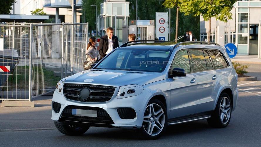 2016 Mercedes Benz GLS spied virtually undisguised