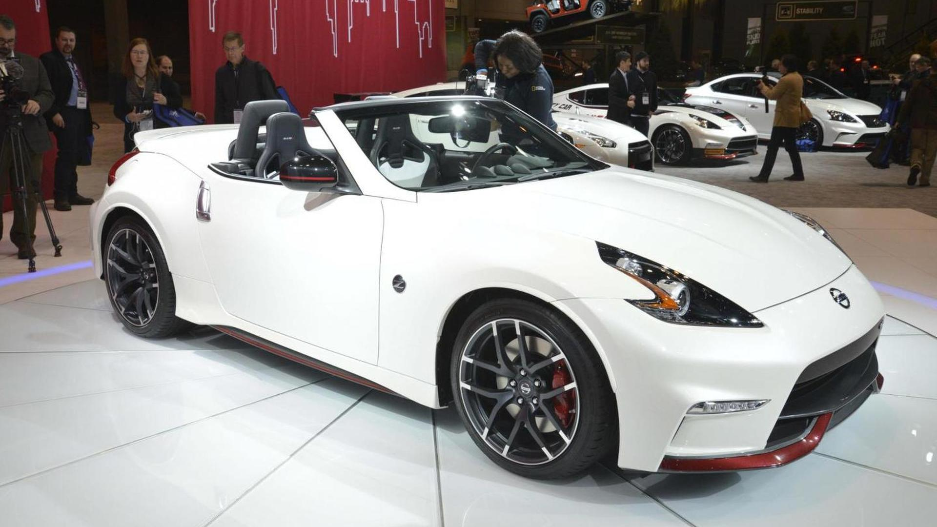 Nissan 370Z NISMO Roadster concept goes topless in Chicago