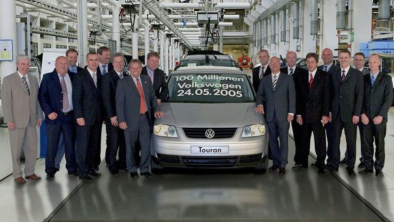 100 millionth VW a 1.9l TDI Touran