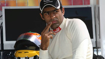 Chandhok confirmed, HRT car to be maroon?