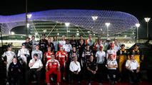 Ecclestone furious at Schumacher photo no-show - reports