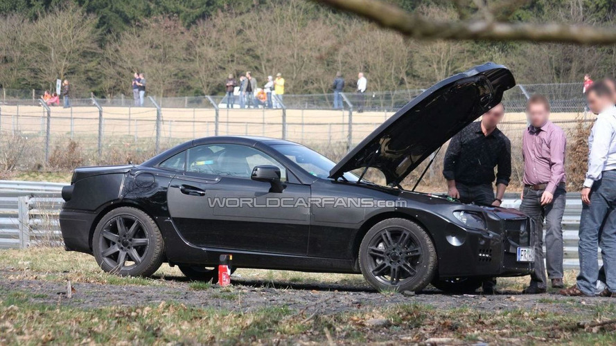 New 2012 Mercedes SLK Breaks Down at Nürburgring