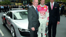 Audi R8 US Debut Unveiled by New York Mayor