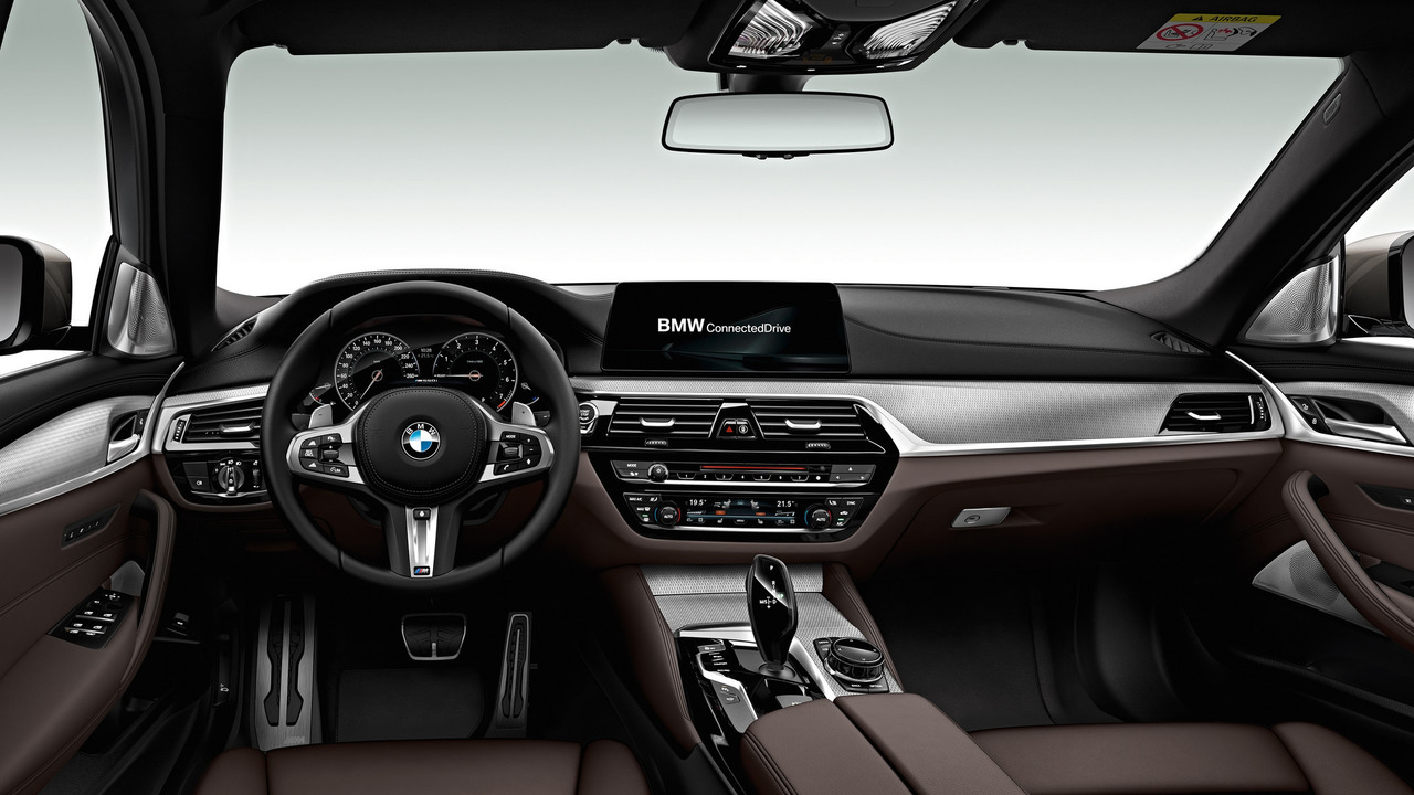 How Does The 2017 Bmw M550i Xdrive Look In Real Life