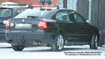 SPY PHOTOS: New Skoda Superb