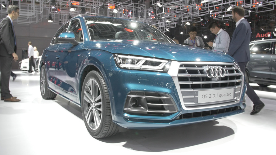 Video: 2017 Audi Q5 at the 2016 Paris Motor Show