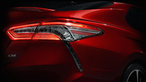 Toyota will show the new Camry in Detroit