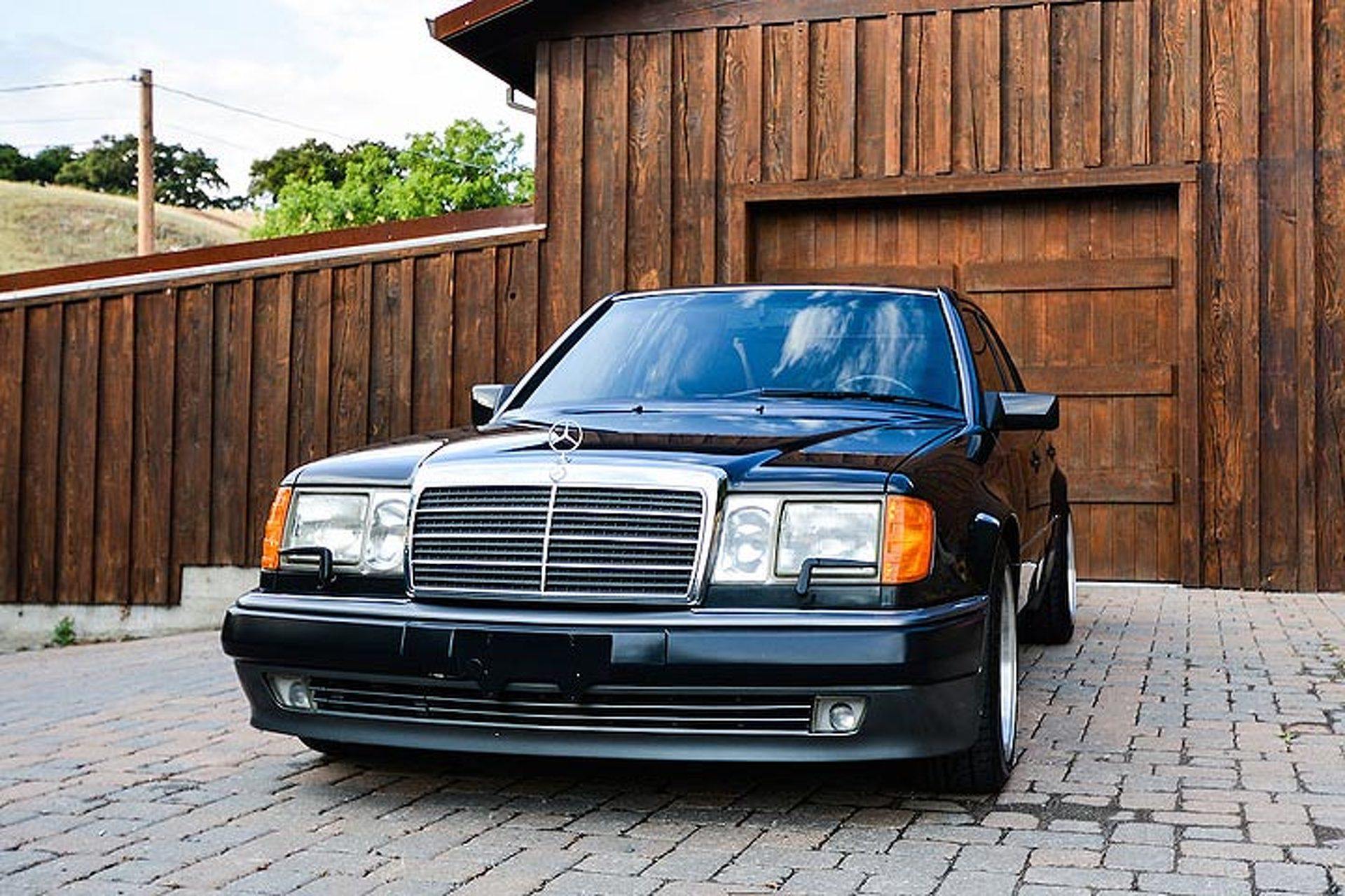 This rare mercedes 500e is the benz that porsche built for Where mercedes benz cars are made