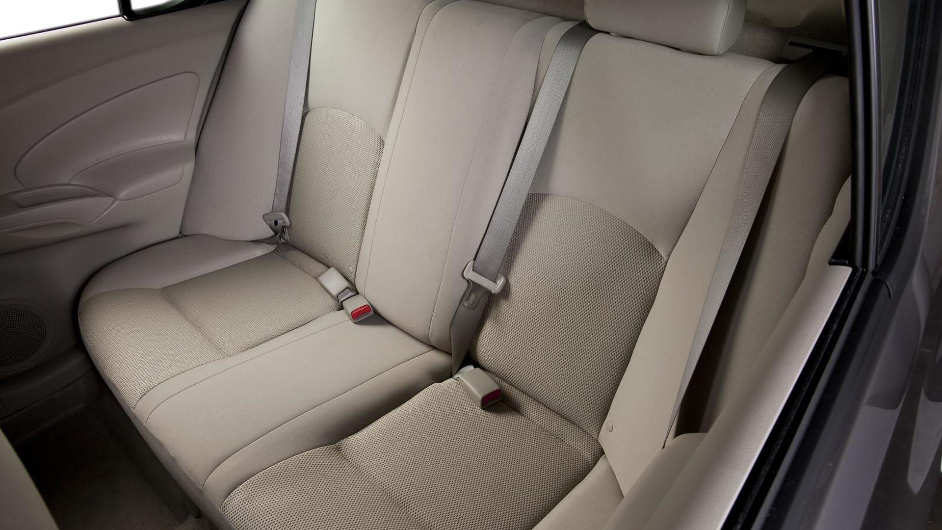 2012 Nissan Versa sedan bows in the Big Apple [video]