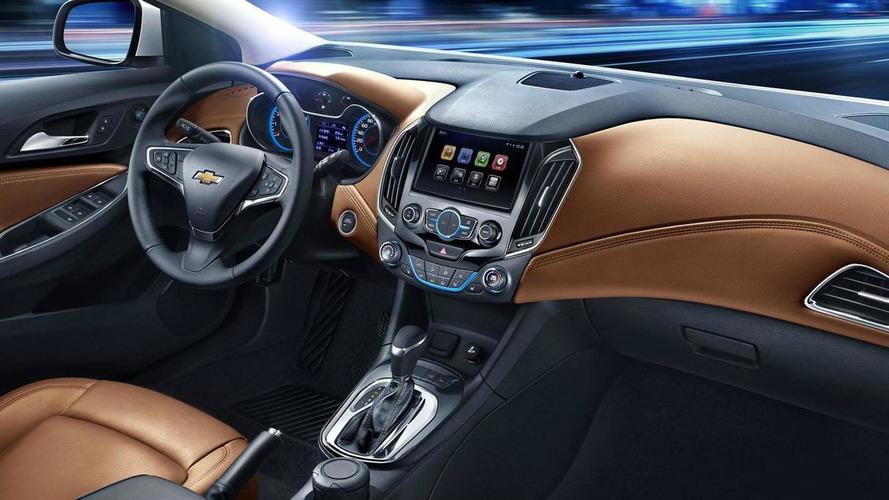 2015 / 2016 Chevrolet Cruze interior revealed