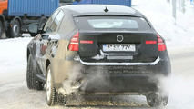 BMW X6 ActiveHybrid Spied with Massive Power Dome
