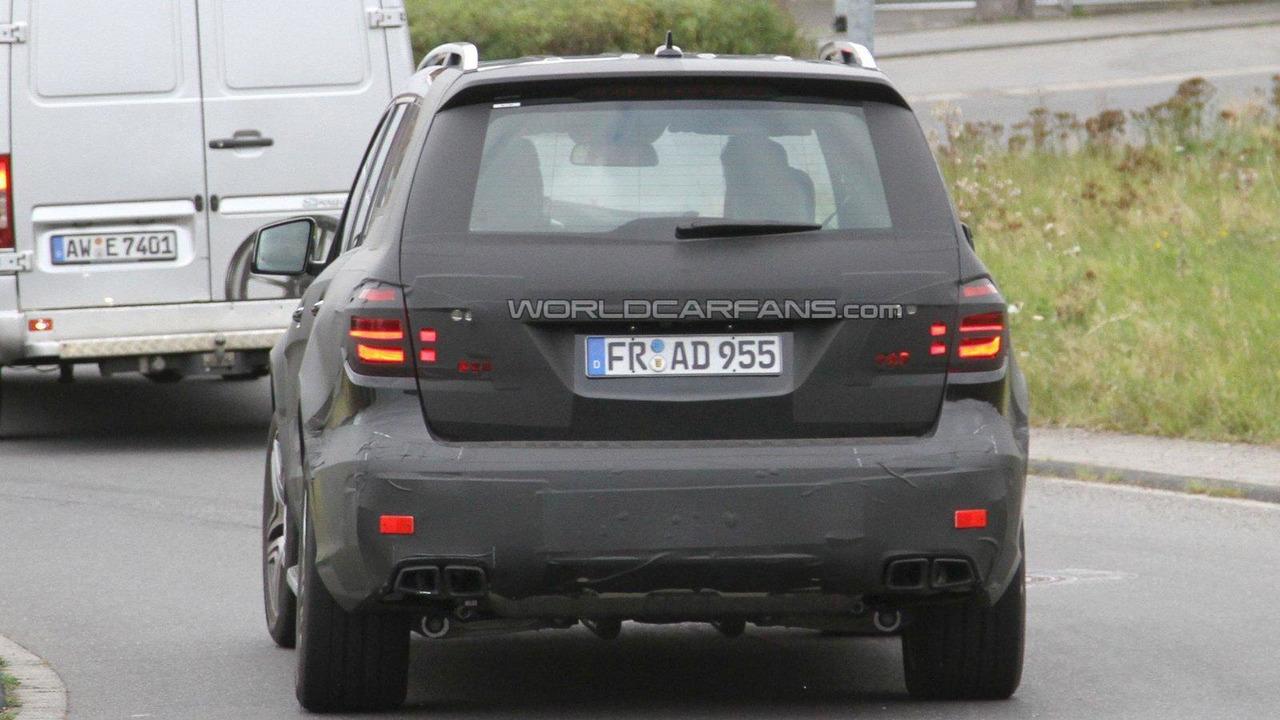 2012 Merecedes-Benz GL AMG spied 28.09.2011