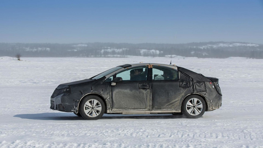 Toyota fuel cell prototype undergoes cold weather testing in Canada [video]
