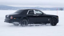 Rolls-Royce Cullinan mule spy photo