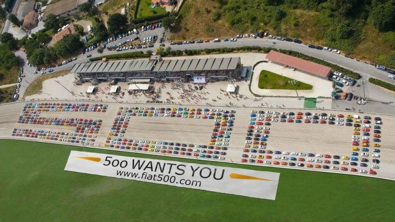 500 Fiat 500's spell 500