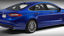 2013 Ford Fusion Hybrid Titanium announced