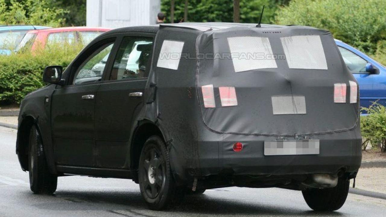 Dodge JC49 Crossover SUV Spy Photos