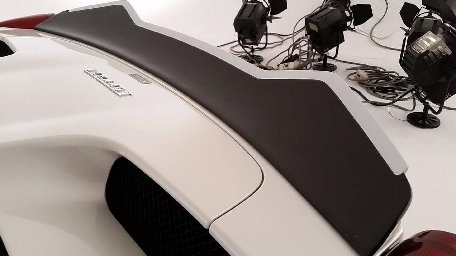 Rowen International introduces its 458 Italia project [video]