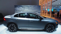 Volvo S60 Cross Country at 2015 NAIAS