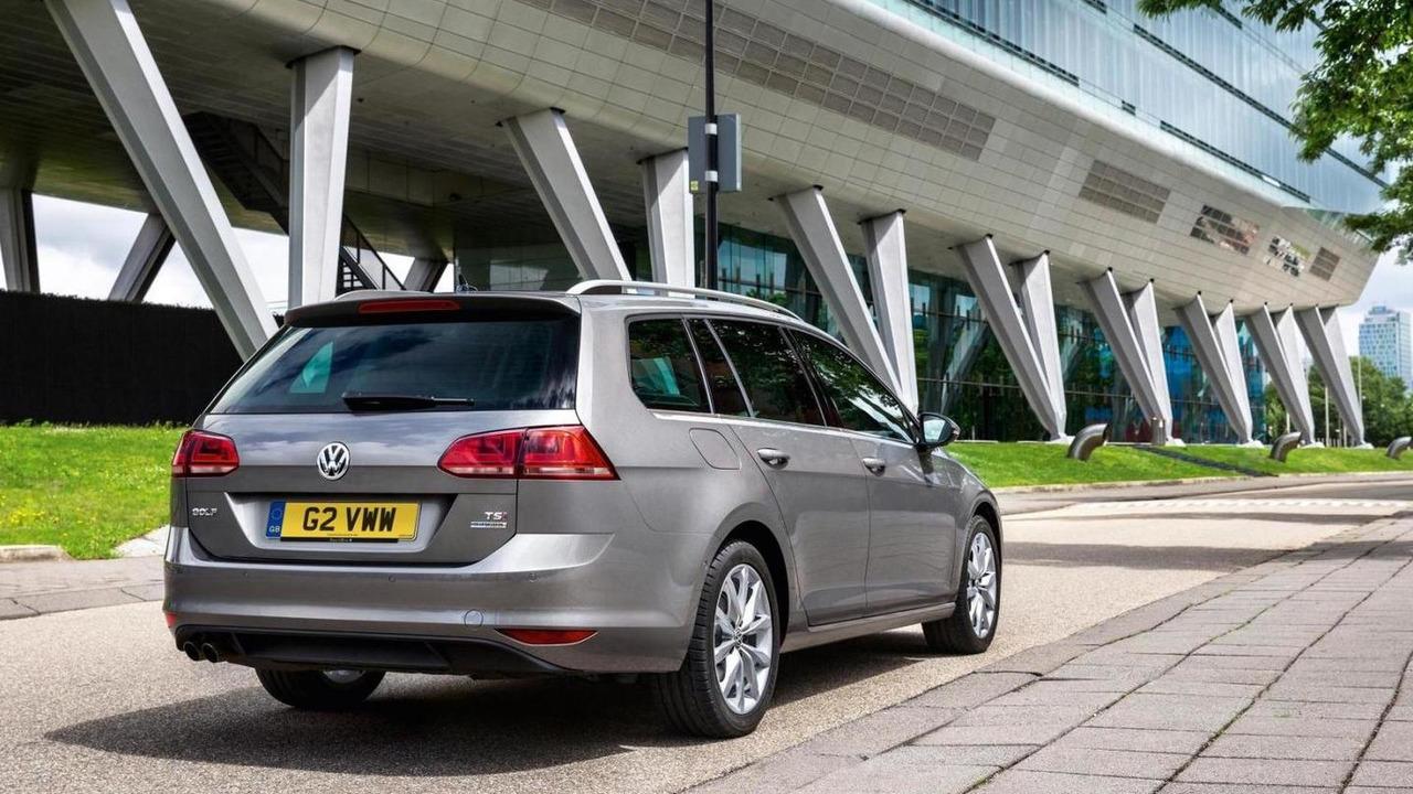 2013 Volkswagen Golf VII Estate (UK-spec) 01.07.2013