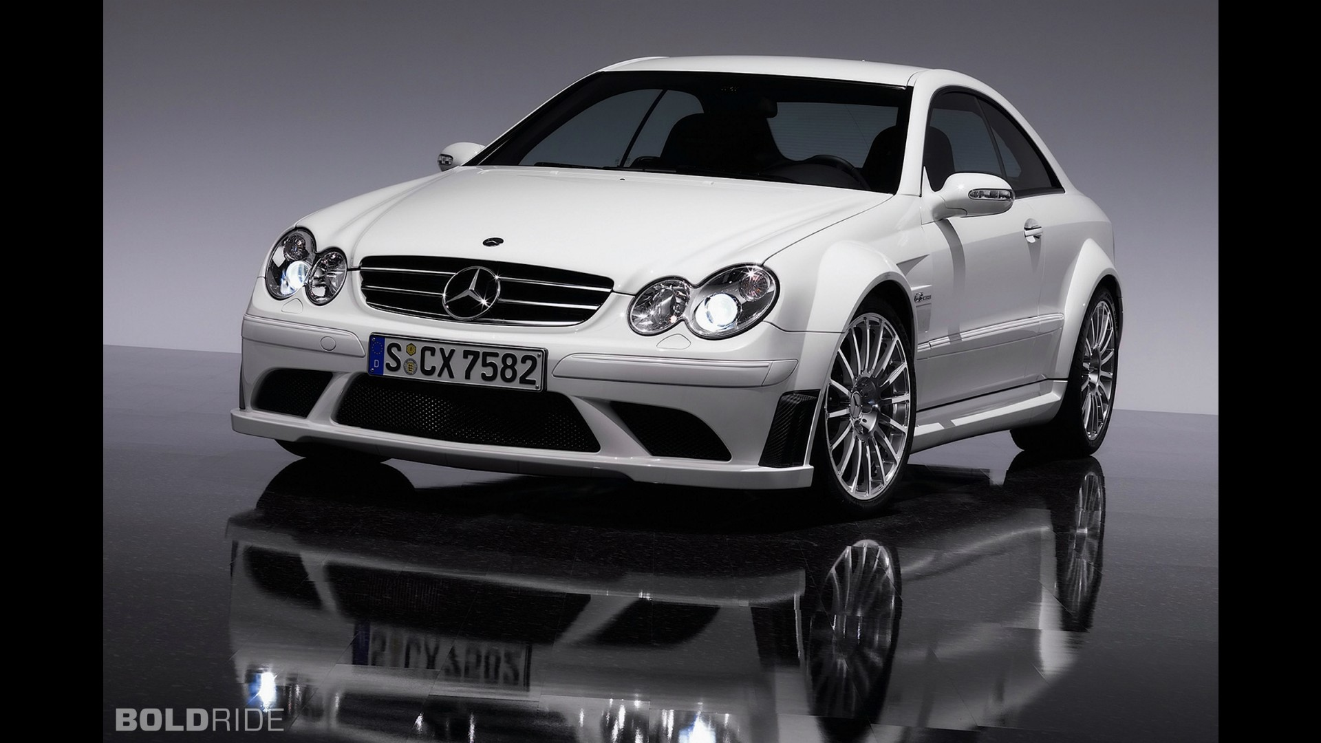 Mercedes benz clk63 amg black series for Mercedes benz clk black series