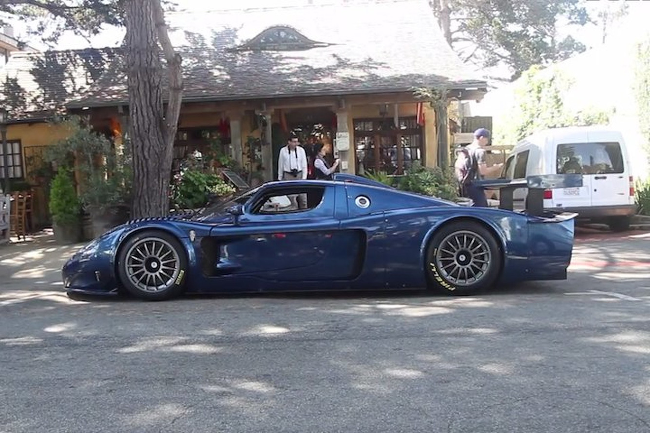 Maserati MC12 Looks Stunning on the Street