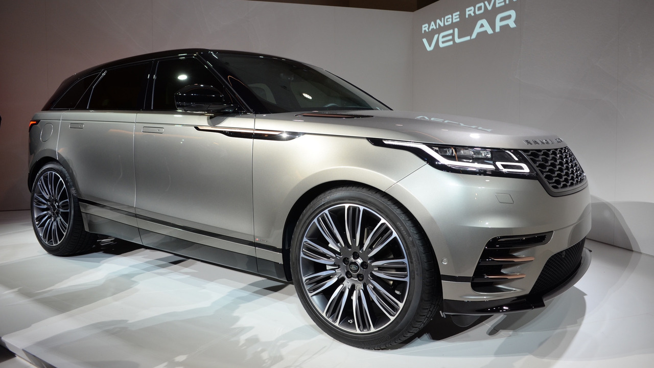 2017 - [Land Rover] Range Rover VELAR (L560) - Page 5 2018-land-rover-range-rover-velar-live