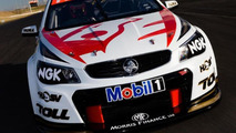 2013 Holden VF Commodore V8 Supercars race car introduced [video]