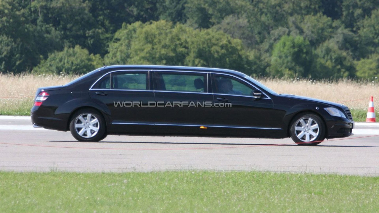 Mercedes Benz S-Class stretched limousine facelift