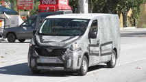 2015 New Renault Trafic spy photo