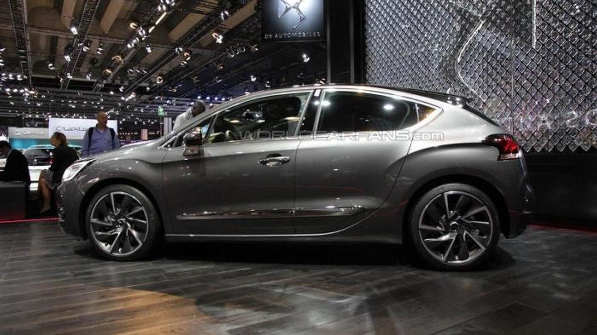 DS 4 arrives in Frankfurt together with Crossback version and new concept
