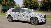 Next-gen Mercedes-Benz GLK/GLC spied up close on a sunny day