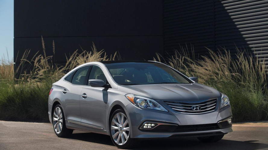 2015 Hyundai Azera facelift unveiled in Miami