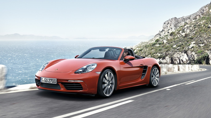 Porsche 718 Boxster unveiled with turbocharged four-cylinder engines [video]