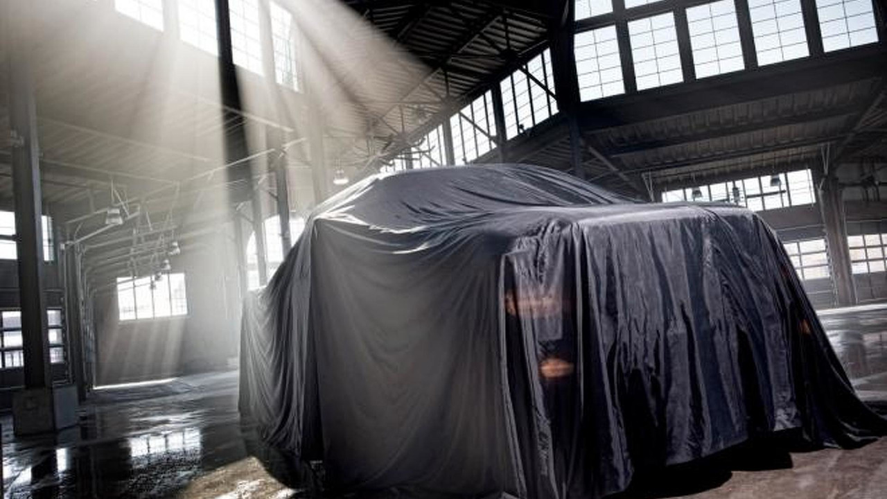2013 Ford F-Series Super Duty teaser image - 02.3.2012