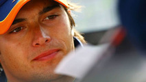 Manor boss not ruling out Piquet for 2010 seat