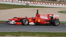 Ferrari tests 'shark fin' engine cover in Spain
