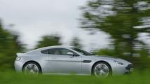 Aston Martin V12 Vantage in Titanium Silver