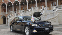 Lexus LS 600h L wedding car of Prince Albert 17.05.2011