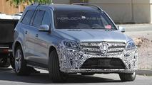 2015 Mercedes-Benz GL-Class facelift spy photo