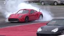 VIDÉO - Une berlinette avec un moteur de Tesla à l'accélération impressionnante !